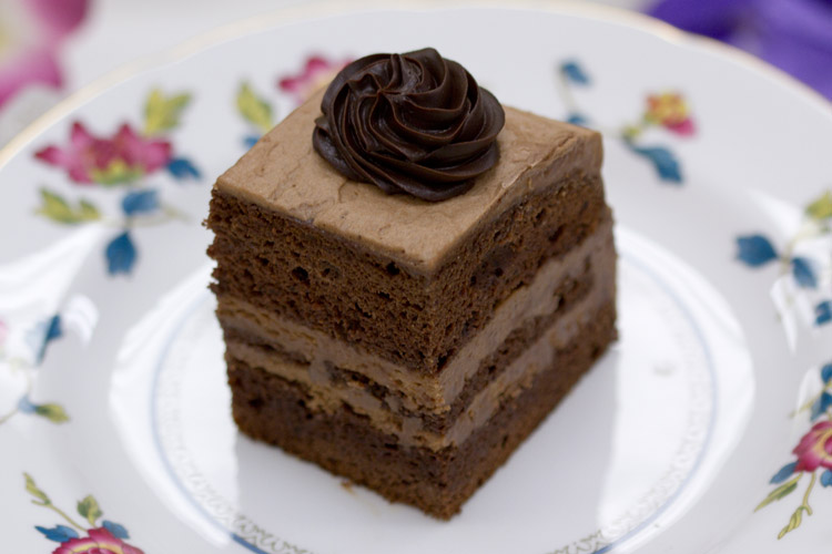 European Cake Bakery